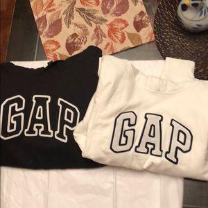 Tops - Gap sweatshirts